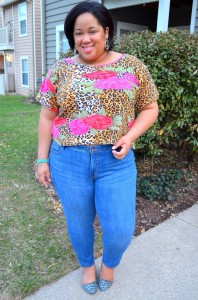 styling-a-crop-top-plus-size